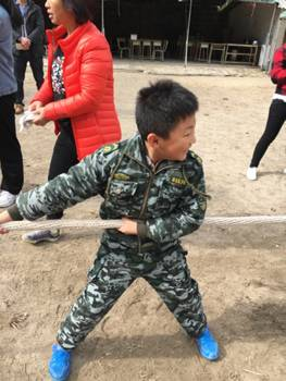 家长寄语:宝贝,中国人是世界上最可爱的人      邓老师和郑老师都很放